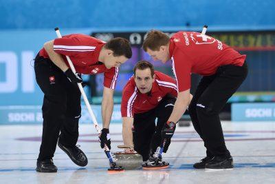 OMNISPORTS - JEUX OLYMPIQUES D'HIVER - 2014 - CURLING v.l. Sandro Trolliet, Skip Sven Michel, Simon Gempeler (Schweiz) Olympische Winterspiele 2014 in Sotschi, Curling, Herren *** Local Caption ***