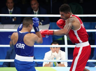 BOXE - JO 2016 - 2016 Aug 21, 2016; Rio de Janeiro, Brazil; Joe Joyce (GBR) competes against Tony Victor James Yoka (FRA) compete in the men's super heavyweight boxing final bout during the Rio 2016 Summer Olympic Games at Riocentro - Pavilion 6. Mandatory Credit: Erich Schlegel-USA TODAY Sports