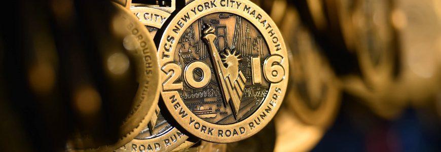 ATHLETISME - MARATHON NEW YORK CITY - 2016 Nov 6, 2016; New York, NY, USA; A general view of runners participation medals at the 2016 TCS New York City Marathon. Mandatory Credit: Derik Hamilton-USA TODAY Sports *** Local Caption ***