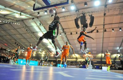 BASKET - LEADERS CUP 2013 - 2013 nsonwu amadi (uche) *** Local Caption ***   mbaye (abdoulaye) derriere lui  vaty (ludovic) 14