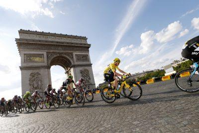 CYCLISME - TOUR DE FRANCE 2016 - 2016 24 July 2016 103rd Tour de France Stage 21 : Chantilly - Paris Champs-elysees FROOME Christopher (GBR) Sky, Maillot Jaune, at Arc de triomphe Photo : Yuzuru SUNADA
