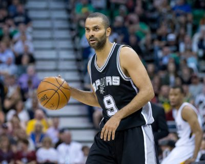 BASKET - NBA - 2017 Apr 12, 2017; Salt Lake City, UT, USA; San Antonio Spurs guard Tony Parker (9) dribbles the ball during the second half against the Utah Jazz at Vivint Smart Home Arena. The Jazz won 101-97. Mandatory Credit: Russ Isabella-USA TODAY Sports *** Local Caption ***
