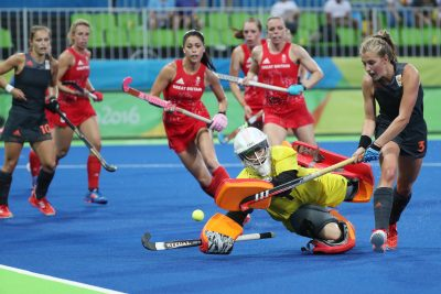 2016 - HOCKEY SUR GAZON - JO 2016 Aug 19, 2016; Rio de Janeiro, Brazil; Netherlands forward Xan de Waard (3) shoots the ball against Great Britain goalkeeper Maddie Hinch (1) during the gold medal match in the Rio 2016 Summer Olympic Games at Olympic Hockey Centre. Mandatory Credit: Geoff Burke-USA TODAY Sports