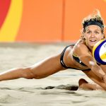 Plage, soleil et... beach volley