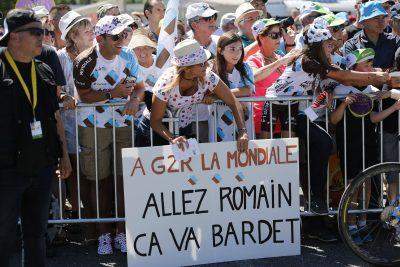 CYCLISME - TOUR DE FRANCE 2017 - 2017 16 July 2017 104th Tour de France Stage 15 : Laissac-Severac l'Eglise - Le Puy-en-Velay Fans of BARDET Romain (FRA) ag2r - La Mondiale Photo : Yuzuru SUNADA