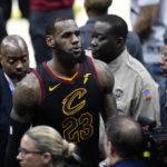 NBA : LeBron James chez les Lakers, c'est officiel ! ( + Vidéo )