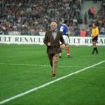 Monsieur Charles Aznavour et le sport ( + Vidéo )