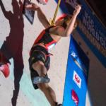 Elle escalade aussi vite que Spiderman ! ( + Vidéo )